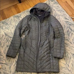 THE NORTH FACE WOMEN'S THERMOBALL PARKA SMALL